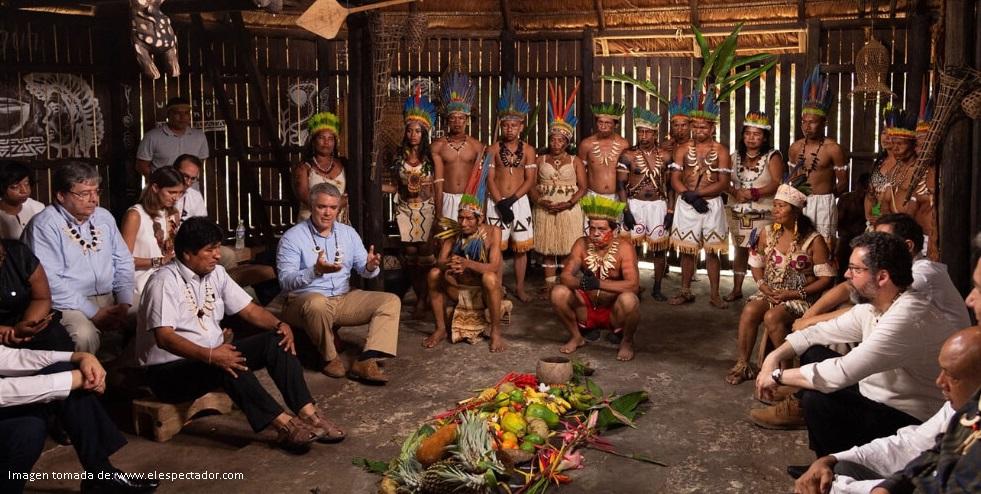 Los indígenas son tomados como un objeto decorativo en el pacto por la Amazonía
