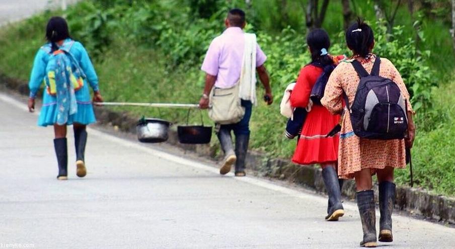 Cerca de 3000 indígenas confinados en Antioquia