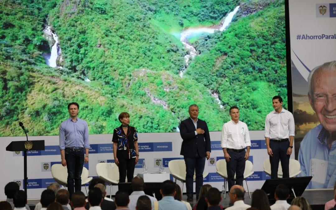 A más de 1 millón 400 mil pensionados en Colombia se le reducen los aportes en salud alrededor de 35 mil pesos mensuales