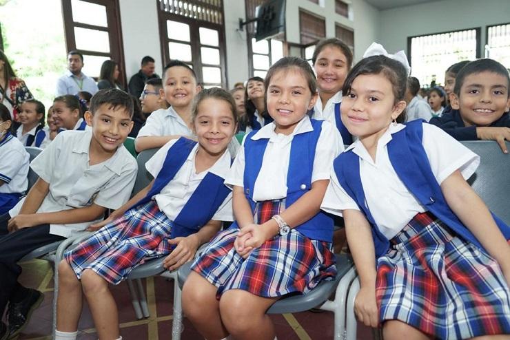 El Gobierno Nacional le da la bienvenida a niños y jóvenes a una nueva jornada escolar y realiza un llamado para que ningún estudiante se quede por fuera de las aulas