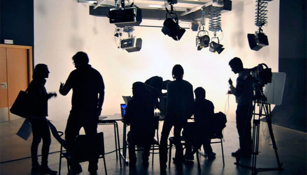 Proyecto financiaría a los trabajadores de medios audiovisuales