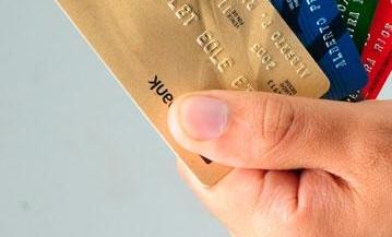 Tiene tarjetas de crédito y esta endeudado, sepa cómo usarlas adecuadamente