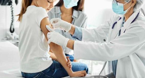 Brasil autoriza la vacuna de Pfizer contra el COVID-19 para niños mayores de 12 años