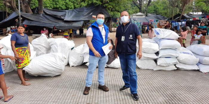 Ayudas humanitarias en Córdoba a familias indígenas víctimas de la violencia