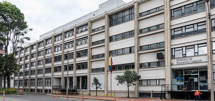 El Ministerio de Educación rechaza los hechos de violencia contra un docente en el municipio de Fuente de Oro, Meta