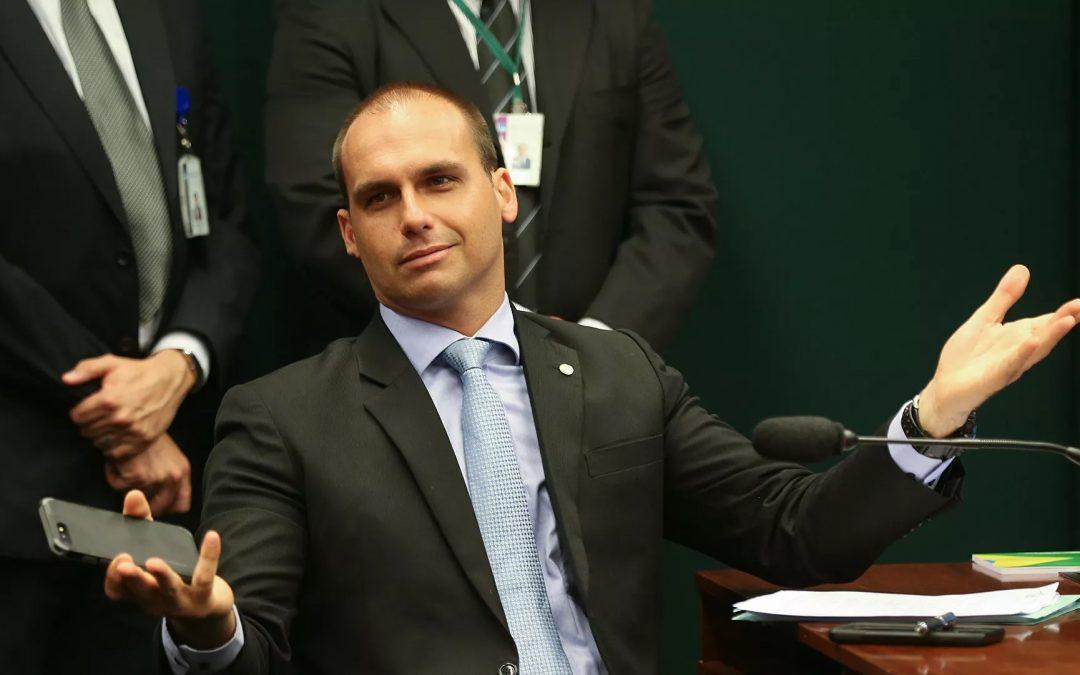 Hijo de presidente brasileño Bolsonaro, que viajó a Nueva York, dio positivo al COVID-19