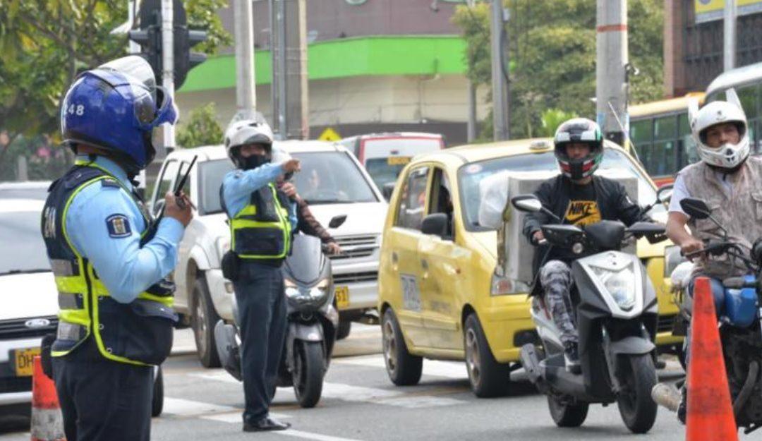 Atentos: En Medellín comenzará este martes la fase sancionatoria del pico y placa para motocicletas